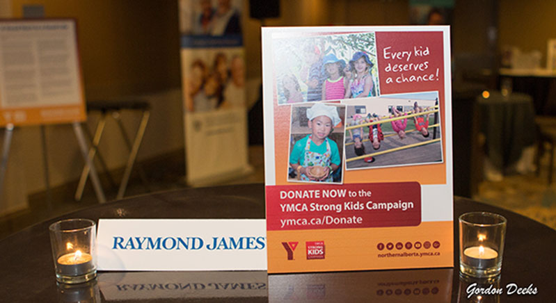 Golf-reception-and-silent-auction-Raymond-James-sponsor